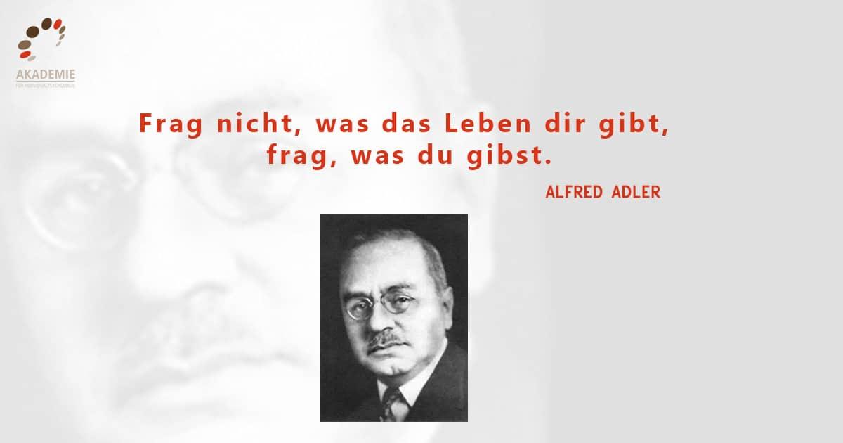Alfred Adler Zitat Frage